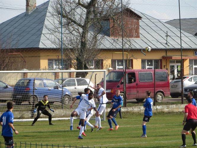 Sportul Chiscani si Victoria Traian au astazi meciuri in etapa a 22-a a Ligii a 3-a