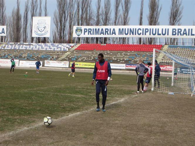 Un atacant și un fundaș central, dar și revenirea lui Adreano, noutățile echipei lui Florentin Petre