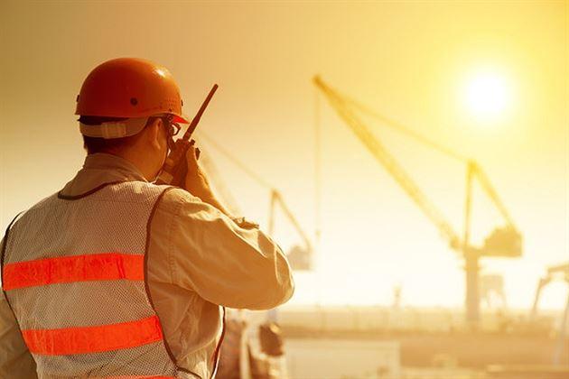 Reguli pentru angajatori în perioadele cu temperaturi extreme ridicate