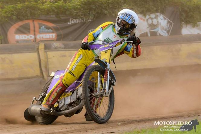 Alexandru Toma a revenit in competitiile de dirt-track