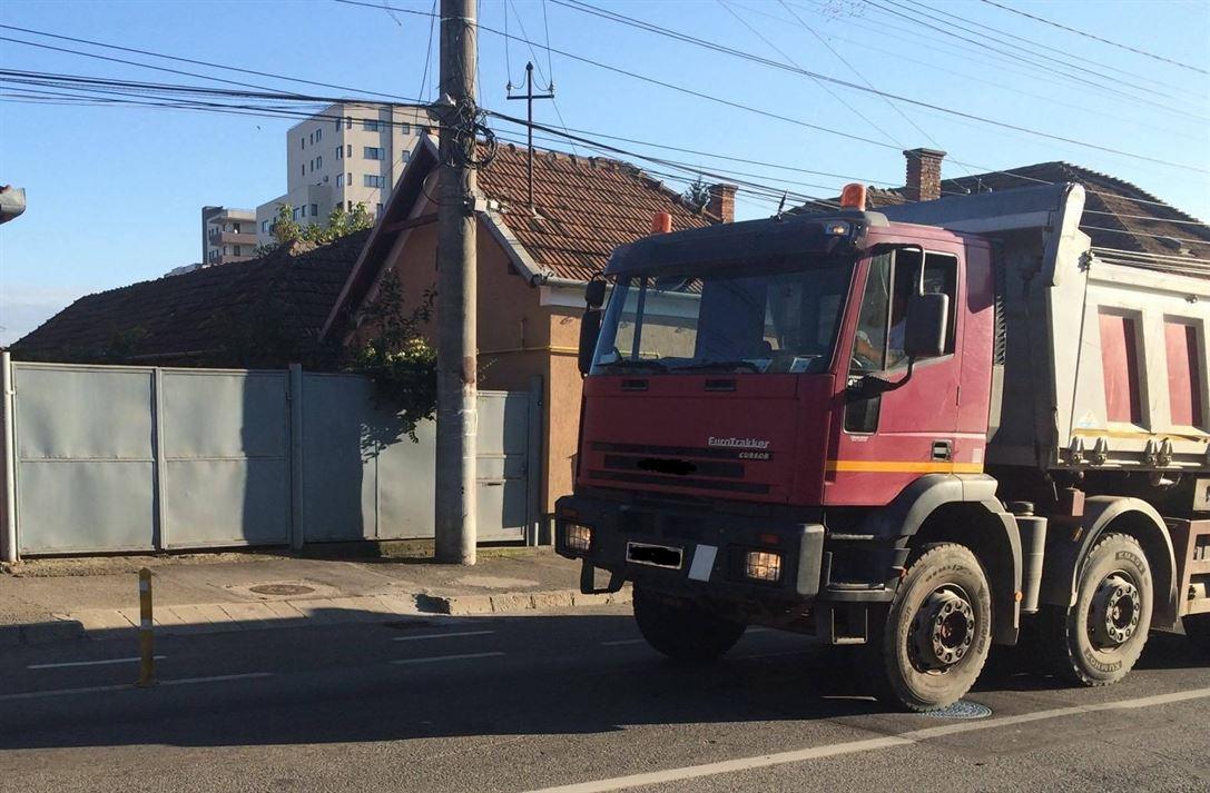 Amenzi pentru vehiculele de mare tonaj care au permis de acces auto pentru circulația pe străzile din municipiu