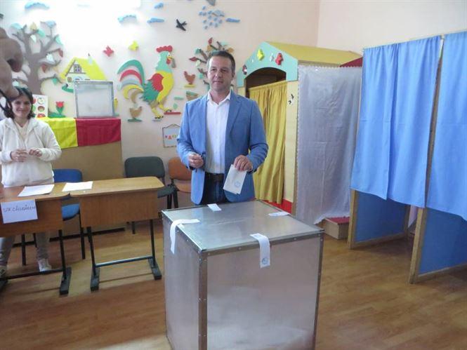 Prezenta scazuta si duminica la referendum in Braila